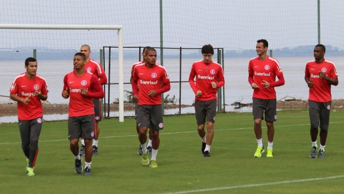 Jogadores do Inter se reapresentam com treinos físicos (Foto: Eduardo Deconto)