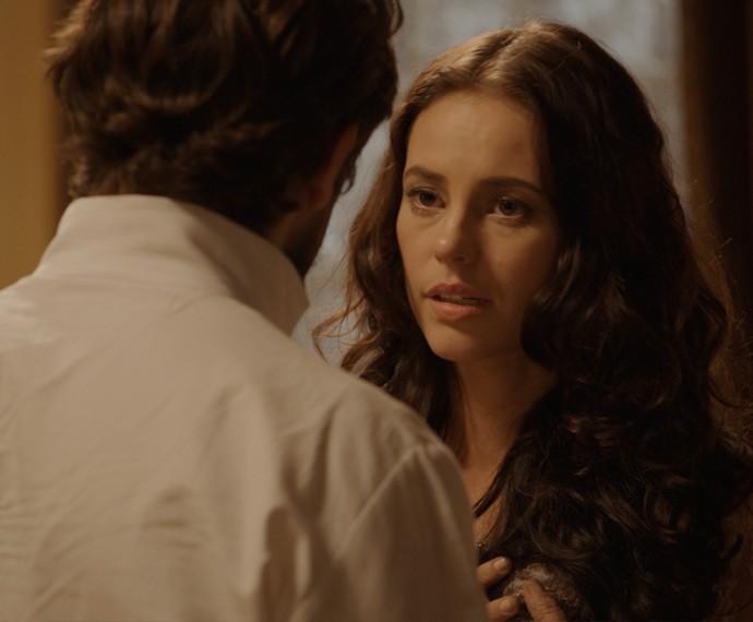 Melissa faz a maior cena para o ex (Foto: TV Globo)