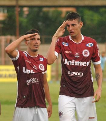 Sorriso fez o gol da vitória da Desportiva sobre o Rio Branco-ES (Foto: Henrique Montovanelli/Desportiva Ferroviária)