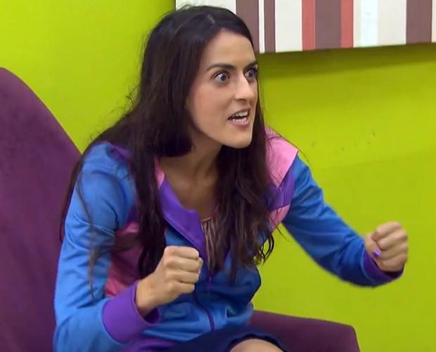 Sangue no olho! Luciana Paes está mais competitiva (Foto: Reprodução / TV Globo)