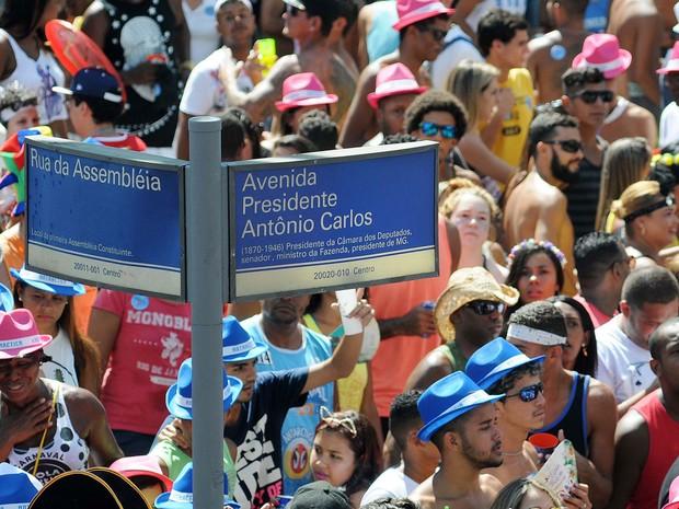 Neste ano, o desfile do Monobloco aconteceu entre a Rua Primeiro de Março e a Avenida Antônio Carlos, no Centro do Rio (Foto: Alexandre Durão/G1)