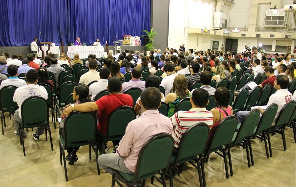 Missa celebrou as vitórias alcançadas em 2014 (Foto: Katiúscia Monteiro/ Rede Amazônica)