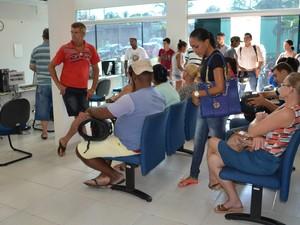 Novo Fórum Eleitoral de Cacoal, RO, pessoas (Foto: Magda Oliveira/G1)