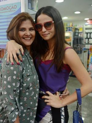 Jurema e Tuane vão virar amigas!  (Foto: Raphael Dias/TV Globo)