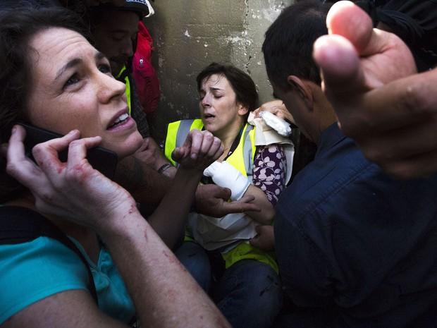 Jornalista da CNN fica ferida durante protesto em São Paulo (Foto: Rodrigo Paiva/ Estadão Conteúdo)