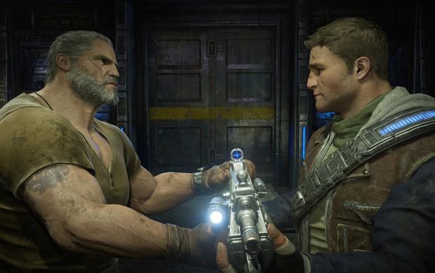 O herói Marcus Fenix passa o bastão da aventura para seu filho, JD Fenix, em 'Gears of War 4' (Foto: Divulgação/Microsoft)