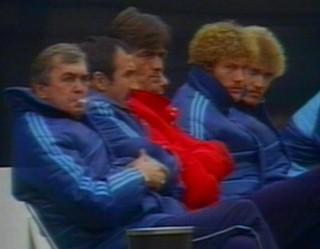 banco técnico ernst happel hamburgo grêmio mundial 1983 tóquio (Foto: Reprodução/RBS TV)