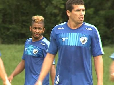 Neílson e Wéverton apostam no entrosamento para dupla fazer sucesso em 2015 (Foto: Reprodução/RPC)