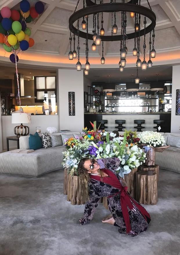 Mariah Carey posa na mansão milionária em Los Cabos (Foto: Instagram/Reprodução)