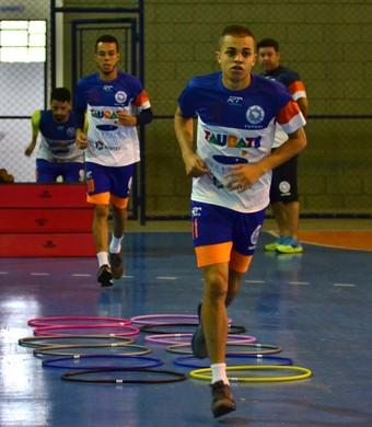 Jogadores do Taubaté Futsal fazem treino físico visando a estreia na Copa Paulista (Foto: Foto: Jonas Barbetta/Top 10 Comunicação)
