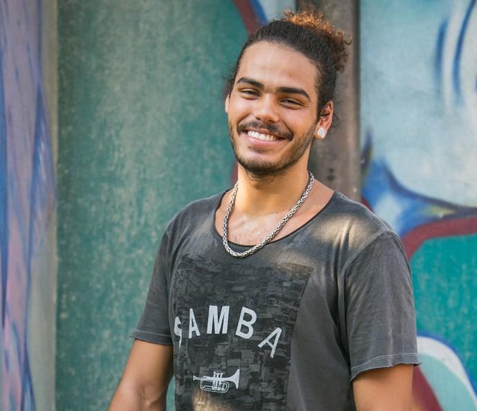 Enzo Romani voltou mais experiente para 'Malhação' (Foto: Paulo Belote/TV Globo)