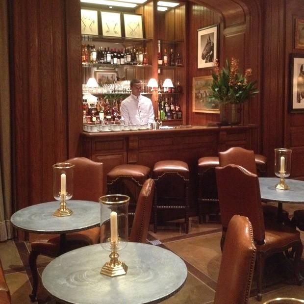 Nova loja da Ralph Lauren conta com bar exclusivo para clientes (Foto: Gustavo Silva)