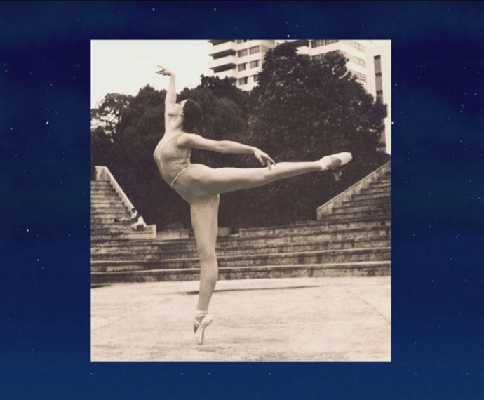 Claudia Raia mostra foto como bailarina aos 15 anos (Foto: Reprodução)
