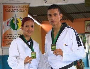 Os irmãos Elissa e Willis são filhos do professor Moacyr Amaro Pimentel (Foto: Reprodução/TV Amazonas)