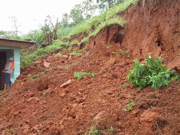 Deslizamento ocorrido na cidade localizada no Litoral Norte do RS (Foto: Diego Raupp/Arquivo Pessoal)