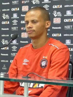 Cleberson Atlético-PR (Foto: Monique Silva)