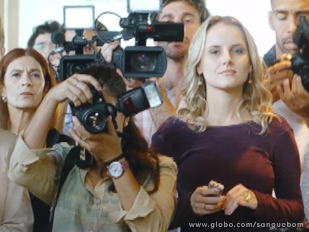 Olha a cara dos repórteres... (Foto: Sangue Bom/TV Globo)