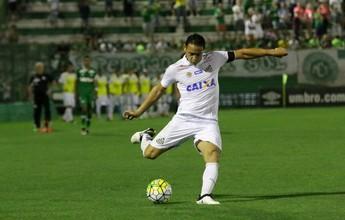 Ricardo Oliveira deixa partida antes do fim e preocupa Santos para clássico