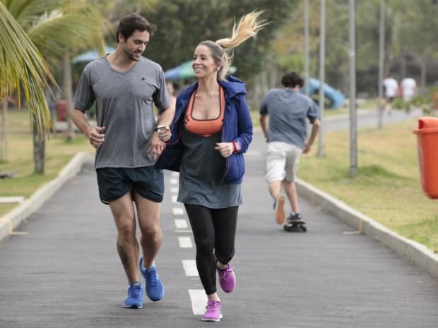 Danielle Winits e Danilo Sacramento  (Foto: Malhação / TV Globo)