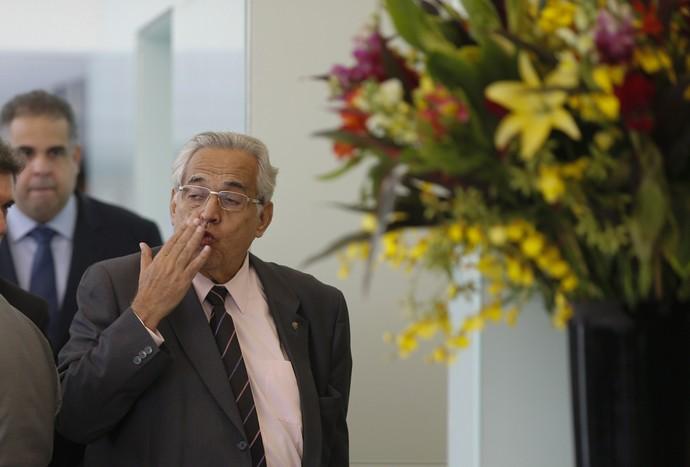 Eurico Miranda na sede da CBF (Foto:  Alexandre Cassiano / Agência O Globo.)