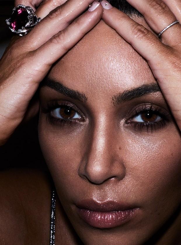 Kim Kardashian (Foto: BEN HASSETT/Reprodução)