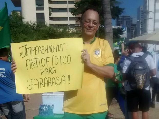 Manifestantes defendem a investigação contra o ex-presidente Luiz Inácio Lula da Silva na Lava Jato (Foto: Lena Sena/G1)