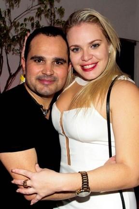 Paulinha e Luciano (Foto: Néstor J. Beremvlum/Divulgação T4F)