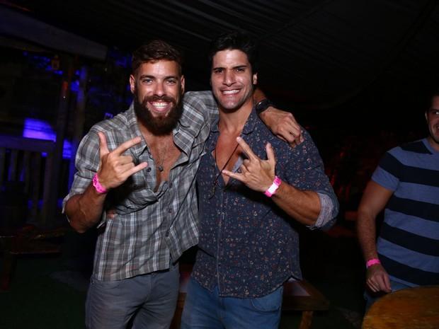Ex-BBBs Maumaue Marcello em festa na Zona Sul do Rio (Foto: Raphael Mesquita/ Divulgação)