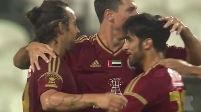 BLOG: Valdivia faz gol, mas é expulso em empate do Al Wahda nos Emirados Árabes