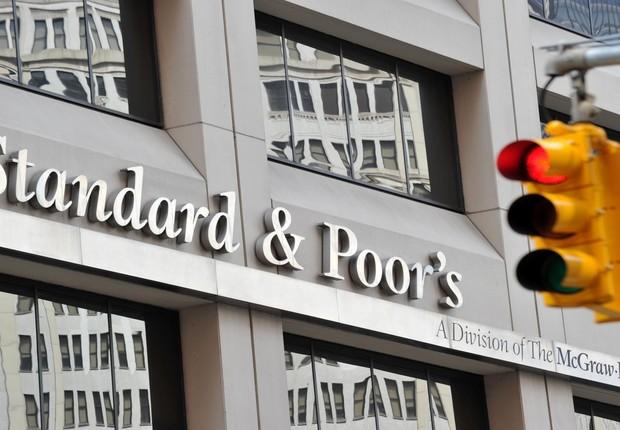 Sede da agência classificatória Standard & Poor's em Nova York (Foto: Stan Honda/Getty Images)