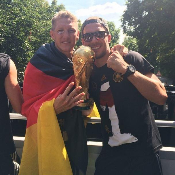 Schweinsteiger e Podolski (Foto: Instagram/Reprodução)