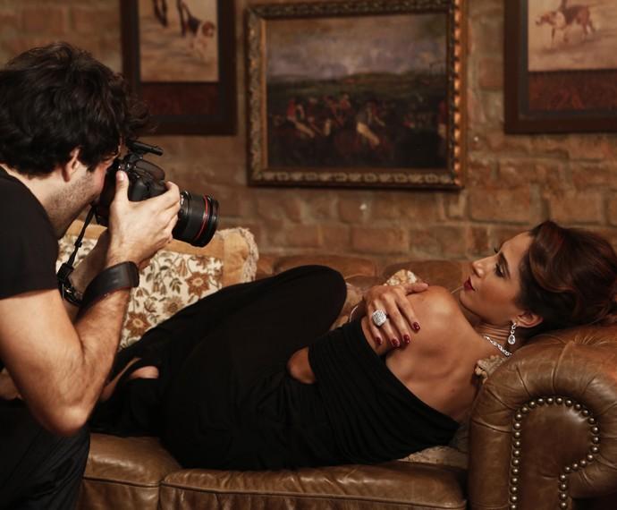 Regina posa para o fotógrafo Caio (Foto: Inácio Moraes/Gshow)
