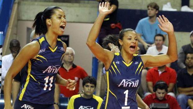 Campinas enfrenta o Sesi pela semifinal do Campeonato Paulista feminino (Foto: Felipe Christ / Amil)