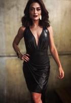 Juliana Paes grava 'Totalmente Demais' com look superdecotado
