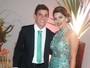 Ex-BBBs Vivian e Manoel combinam looks no casamento de Elis Nair