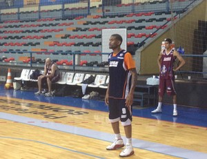 Chris Blake Liga Sorocabana LSB NBB (Foto: Douglas Brito / TV TEM)