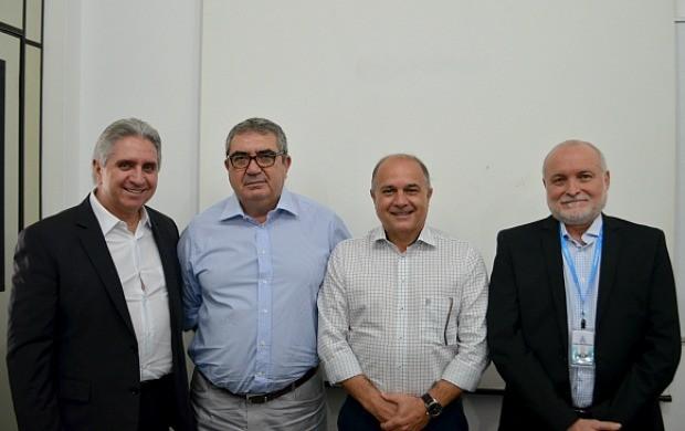 Antônio Luiz Campanari, Gino Padial, Francisco Maciel e Ricardo Mendes anunciaram composição da nova diretoria da Rede Amazônica (Foto: Murilo Lima)