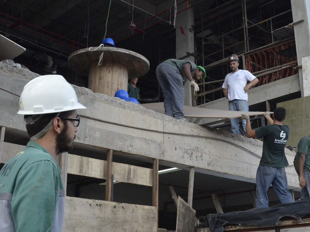 Carlos Campos Júnior, além de rockeiro é administrador de obras em Macapá (Foto: John Pacheco/G1)
