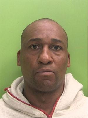 Nigel Wilson, de 42 anos, primeira pessoa a ser condenado pela Justiça do Reino Unido por usar um drone. (Foto: Divulgação/Polícia Metropolitana de Londres)