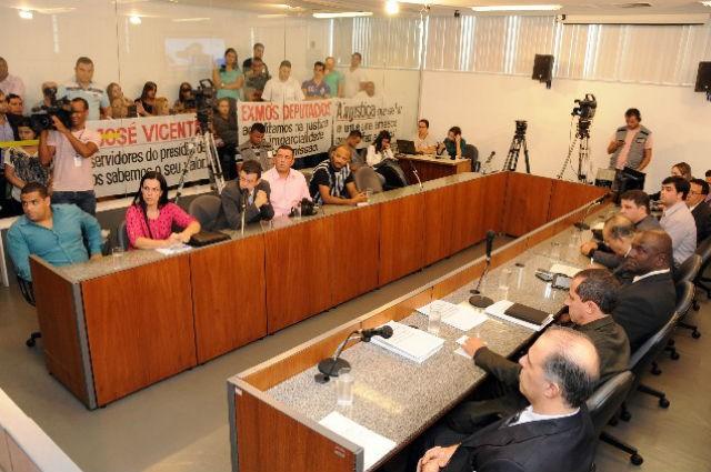Diretor do presídio pode ser afastado (Foto: Ricardo Barbosa/ALMG)