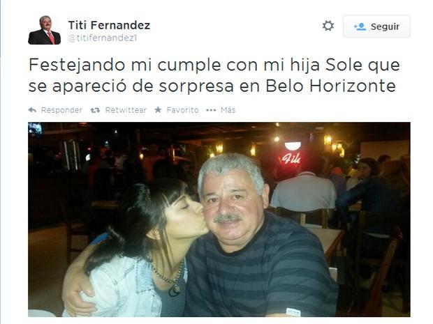 Maria Soledad Fernandez junto com o pai em Belo Horizonte (Foto: Reprodução Twitter)