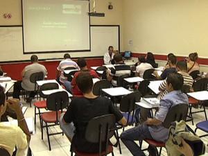 Veja como formados no ensino superior à distância encaram mercado de trabalho (Foto: Reprodução/TV Morena)