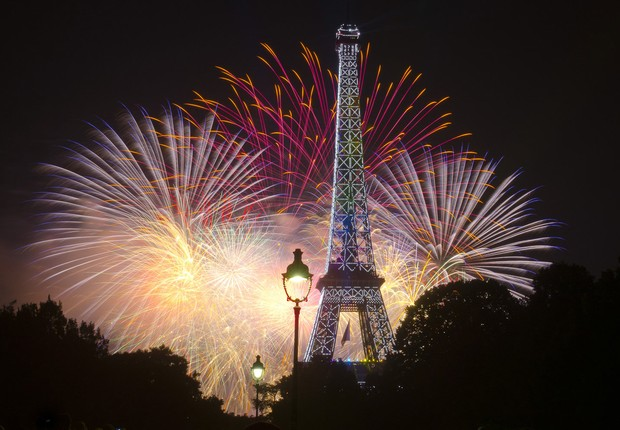Paris Night Photo Tour passa pelos pontos mais importantes da cidade (Foto: Paris Night Photo Tour/Divulgação)