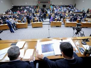 Votação do projeto de lei que regulamenta os aplicativos no transporte de passageiros em Porto Alegre.  (Foto:  Josiele Silva, divulgação/CMPA)