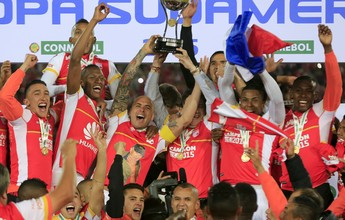 Santa Fe vai doar taça do título da  Sul-Americana de 2015 para a Chape