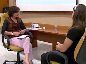 Psicóloga simulou entrevista para orientar estudantes na Unesp Araraquara (Foto: Reprodução/EPTV)
