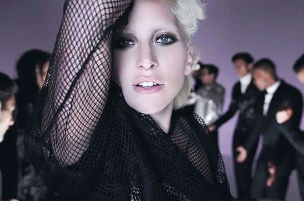 Lady Gaga no fashion-film de Tom Ford (Foto: Youtube / Reprodução)