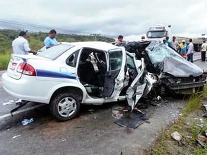 Acidente deixou sete mortos na BR-101 (Foto: Pedro Reis e Daniel Miller / portal Esplanada News)