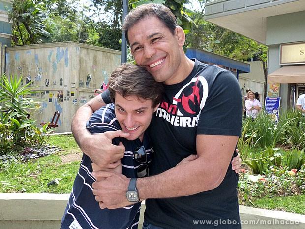 O lutador Minotauro curte fazer participações em programas de TV (Foto: Malhação / TV Globo)