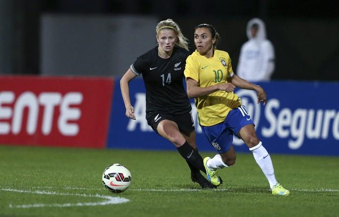 Marta Brasil x Nova Zelandia Copa Algarve (Foto: EFE)